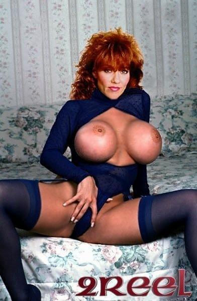 Peggy bundy naked