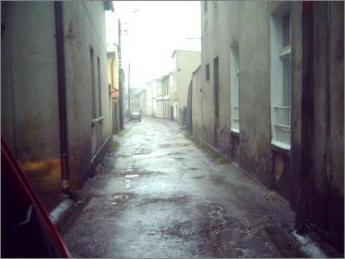 WIĘCBORK UL. KOŚCIUSZKI. W Więcborku chyba nie wszyscy wiedzą kim był imennik tej ulicy. Czym sobie zasłużył na takie traktowanie, mam nadzieję że Kościuszko tego nie widzi..