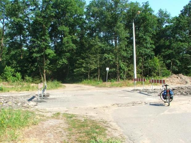 Puławy - ulica Długa, ścieżka rowerowa do Zakładów Azotowych #Długa #Puławy #Azoty #rower