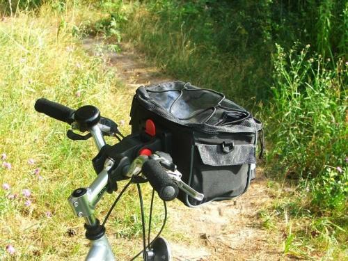 Nowy kuferek mojej ukochanej żony #rower #torba #sakwa #kuferek #kierownica
