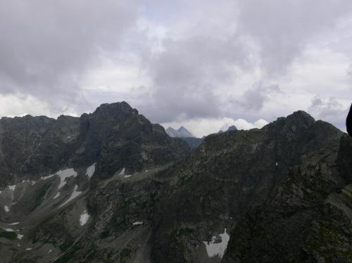 Kozi Wierch (2291) a na horyzoncie Rysy